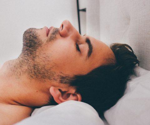 Le bruit «rose» favorable au sommeil.